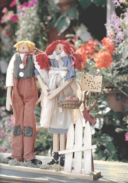 Текстильные куклы в стиле