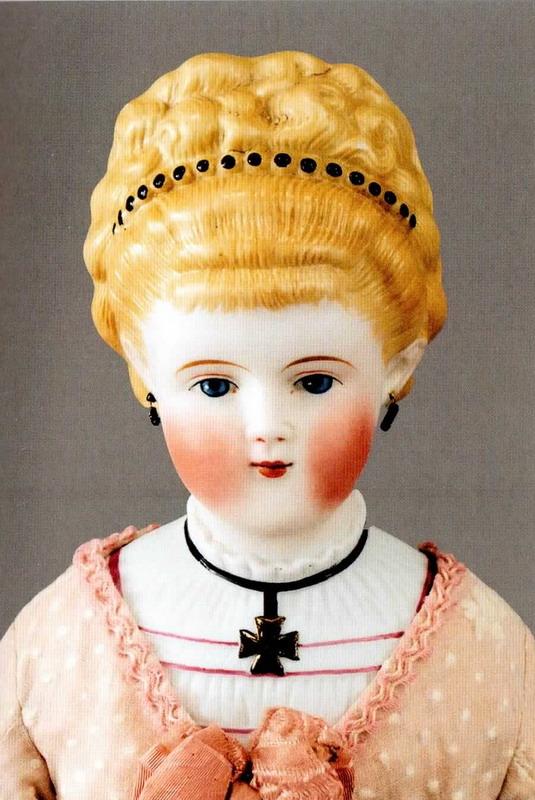 Девочки играют в куклы - Страница 4 Biskvitnaja_kukla_2